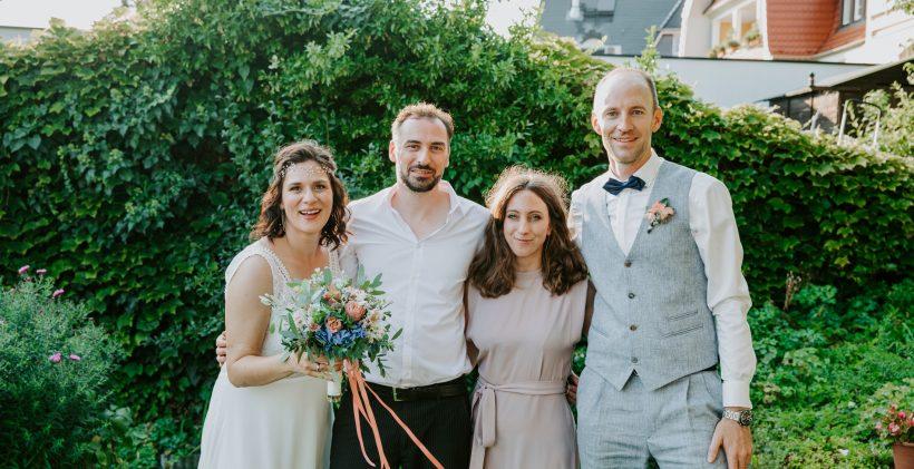 Hochzeitssängerin und Band